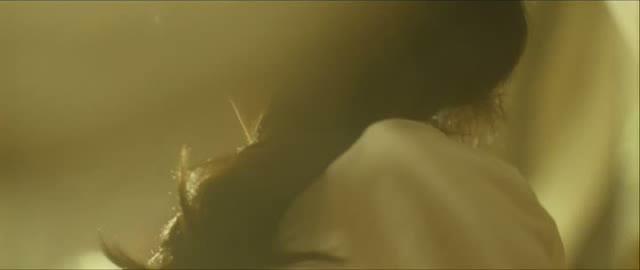 中山美穂 濡れ場動画」イケメン西島秀俊が正常位でガンガン攻める